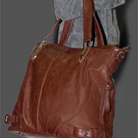 """Кожаные сумки и аксессуары.   """"Сумка из гладкой искусственной кожи."""